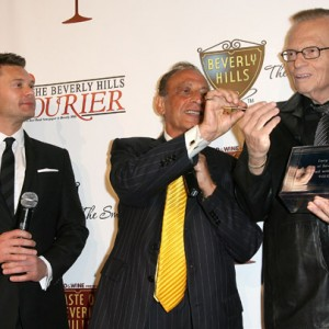 Ryan Seacrest, Mayor of Beverly Hills Jimmy Delshad and Larry King
