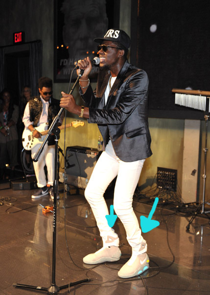 nike-air-mag-theophilus-london-gq-guess
