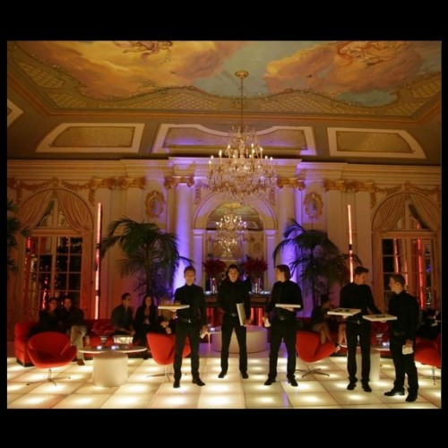 Fleur-Des-Lys-mansion-party