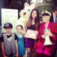 hugh-hefner-easter-egg-hunt-2013-kids